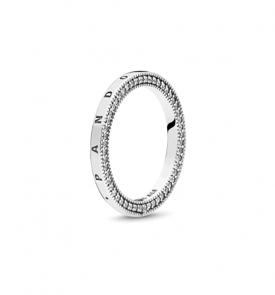 Ring in 14k with clear cubic zirconia