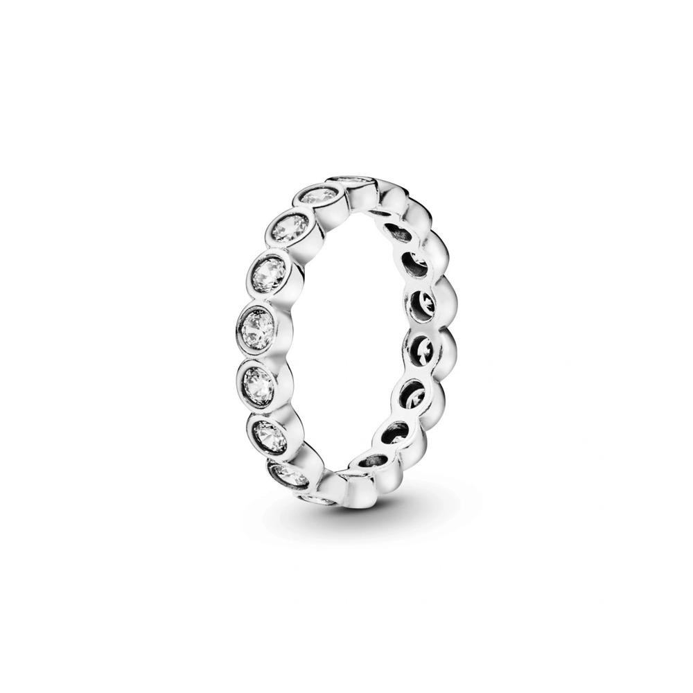 טבעת כסף אינטרניטי מעגלים גדולים עוקבים בשיבוץ זרקונים
