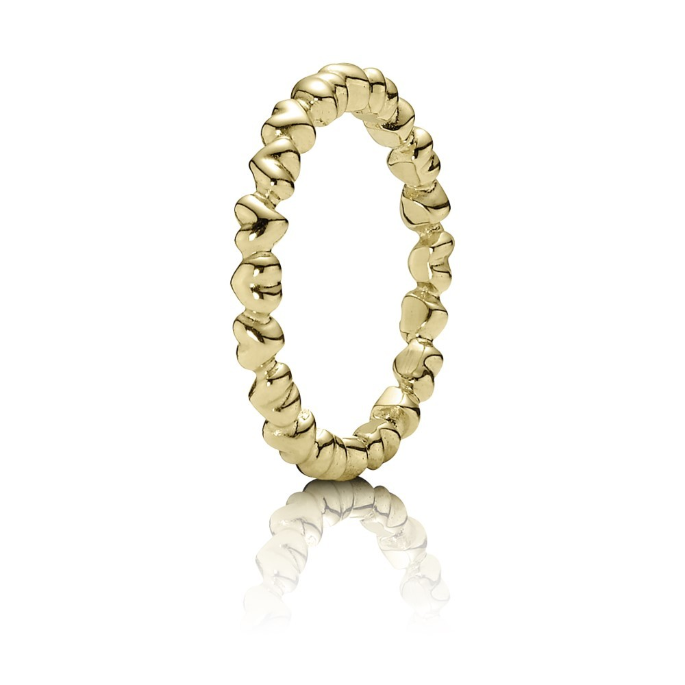 טבעת זהב לבבות עוקבים