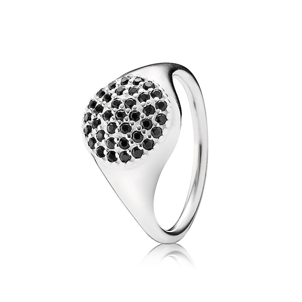 טבעת חותם שיבוץ קריסטלים שחורים