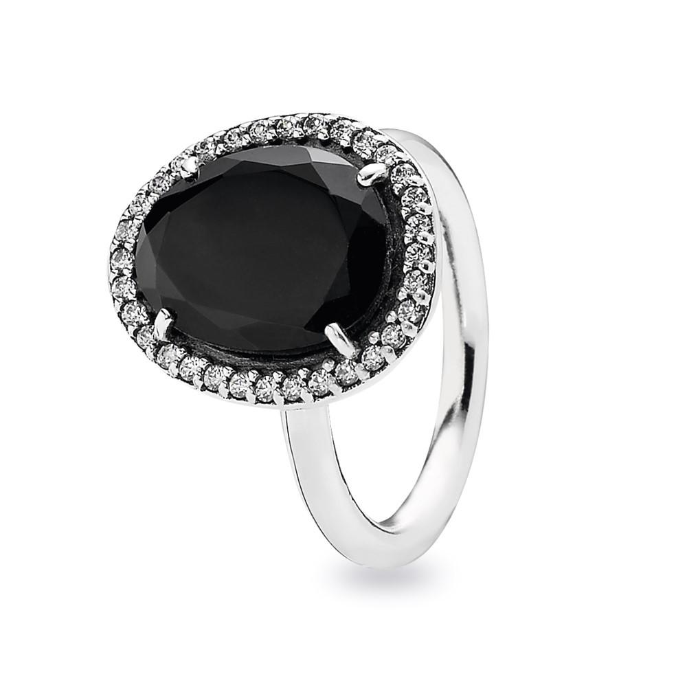 טבעת כסף ספינל שחור ושיבוץ זרקונים