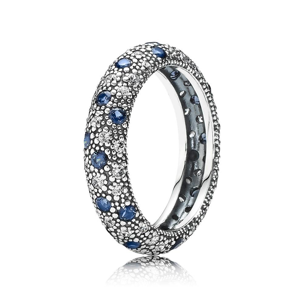 טבעת כוכבי לכת בשיבוץ זרקונים וקריסטלים כחולים