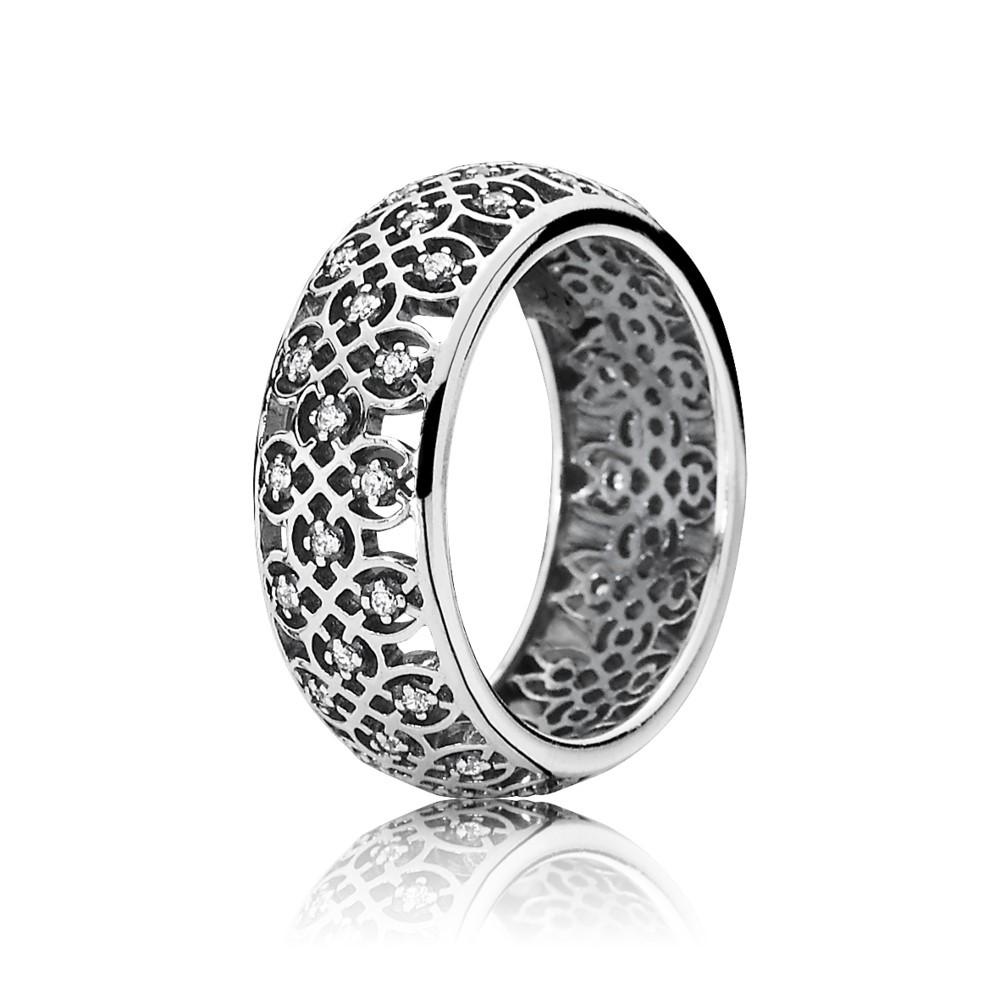 טבעת כסף פיתוחים אתניים בשיבוץ זרקונים