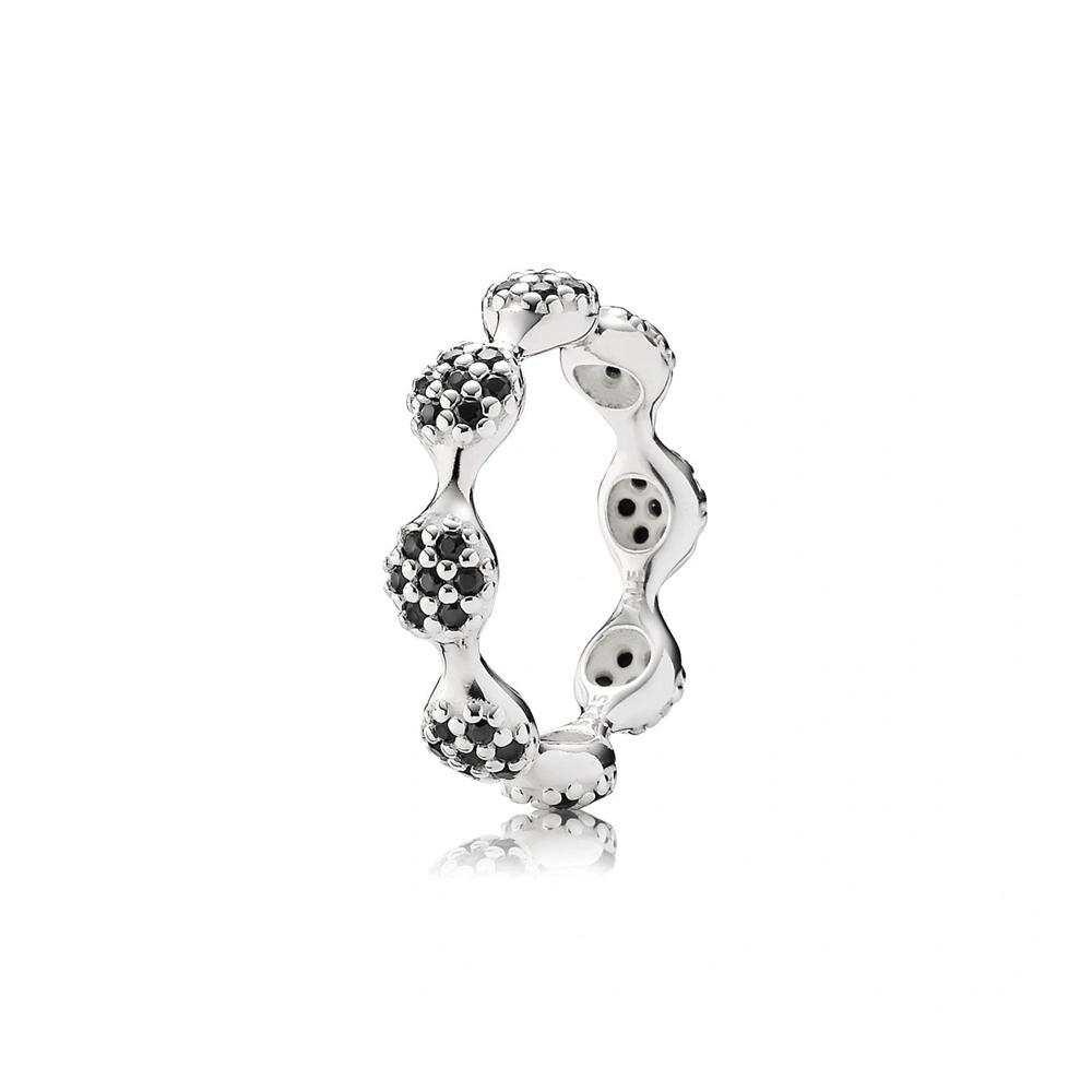טבעת כסף גלים עם קריסטלים שחורים