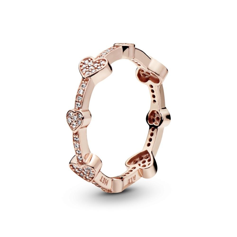 טבעת PANDORA רוז לבבות קסומים